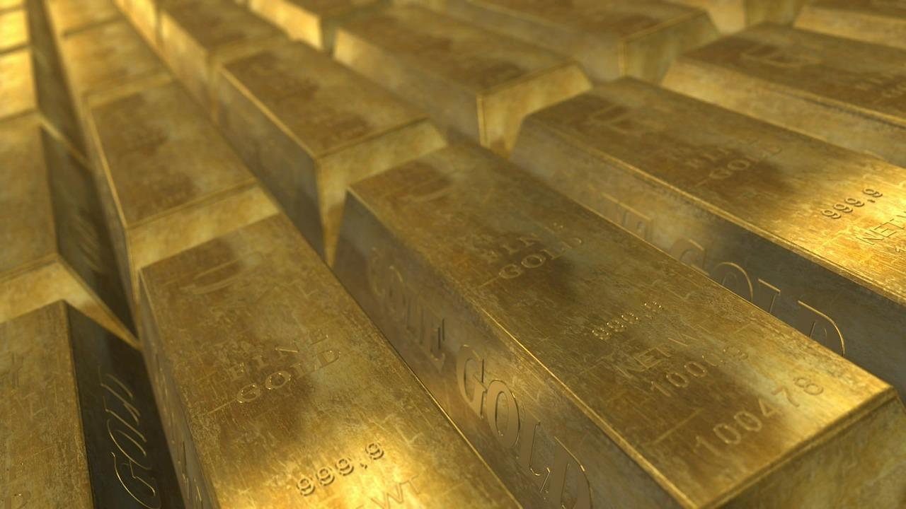 Стоимость тройской унции золота обновила исторический максимум, установленный в 2011 году