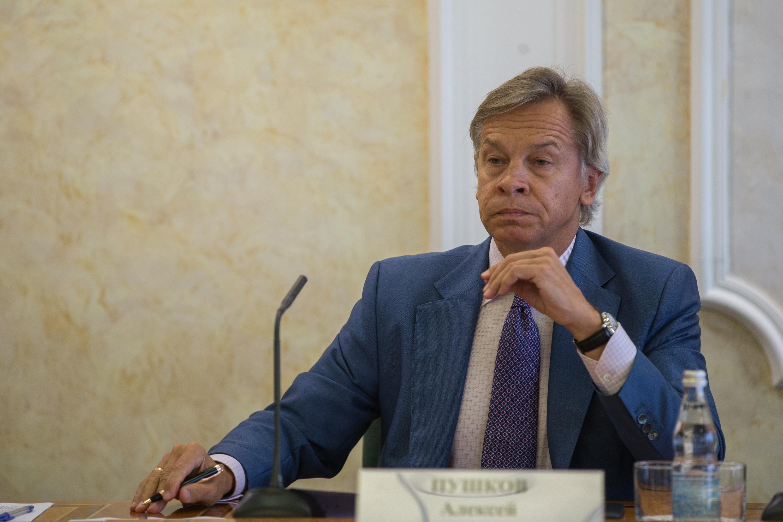 Пушков оценил предложение расширить санкции против Украины
