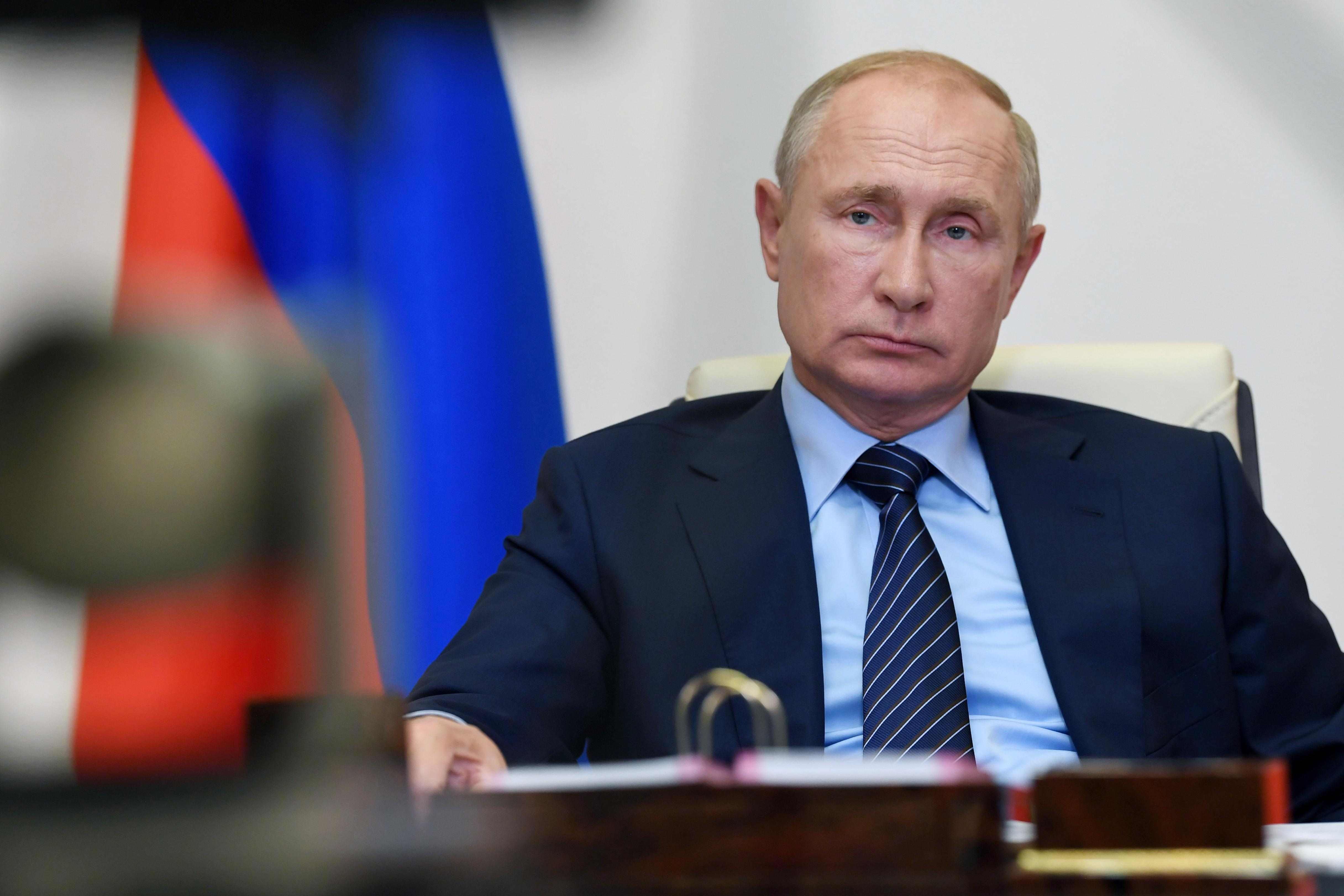 Путин подписал распоряжение по ситуации в Усолье-Сибирском