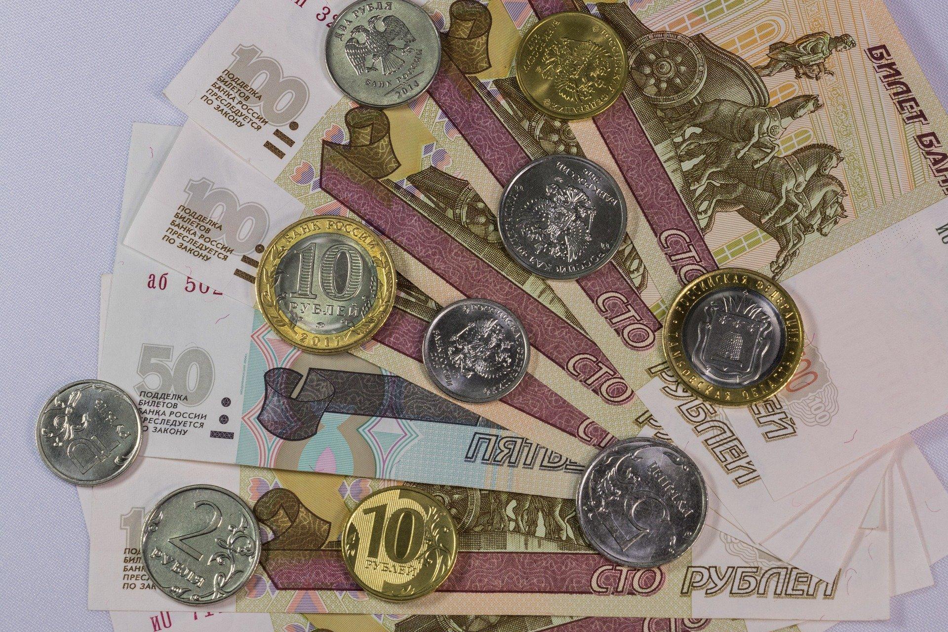 Пособия по безработице в России предложили поднять до уровня прожиточного минимума в регионе