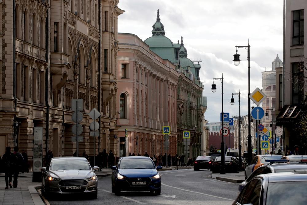 Москвичей предупредили об ограниченном движении в центре в День ВДВ