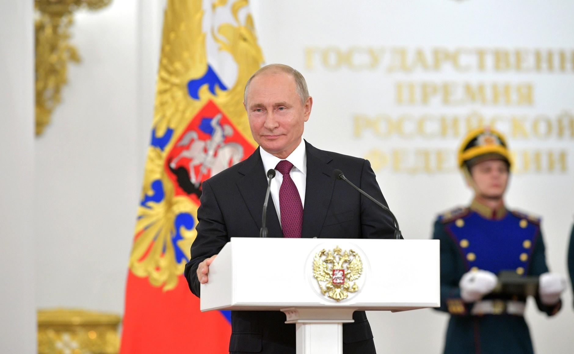 Путин поздравил мусульман России с праздником Курбан-байрам