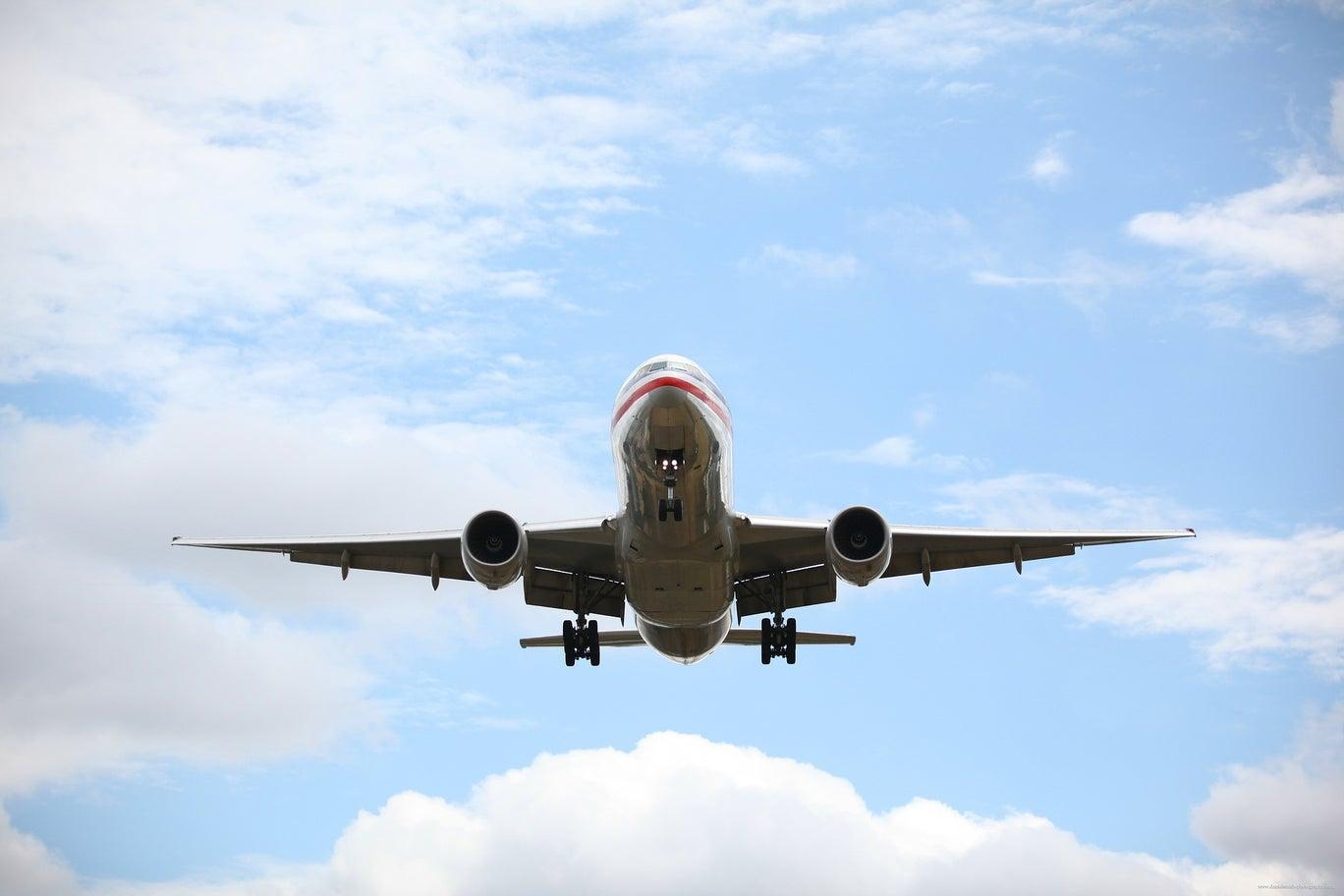 "<p>Фото © <a href=""https://www.google.com/url?sa=i&url=https://www.pickpik.com/passenger-plane-passenger-jet-airplane-landing-gear-airplane-landing-airport-118488&psig=AOvVaw2RarYv6uopKebZdd91LAjJ&ust=1594120094018000&source=images&cd=vfe&ved=0CAMQjB1qFwoTCNDuiqS-uOoCFQAAAAAdAAAAABAJ"" target=""_blank"" rel=""noopener noreferrer"">PickPik</a></p>"