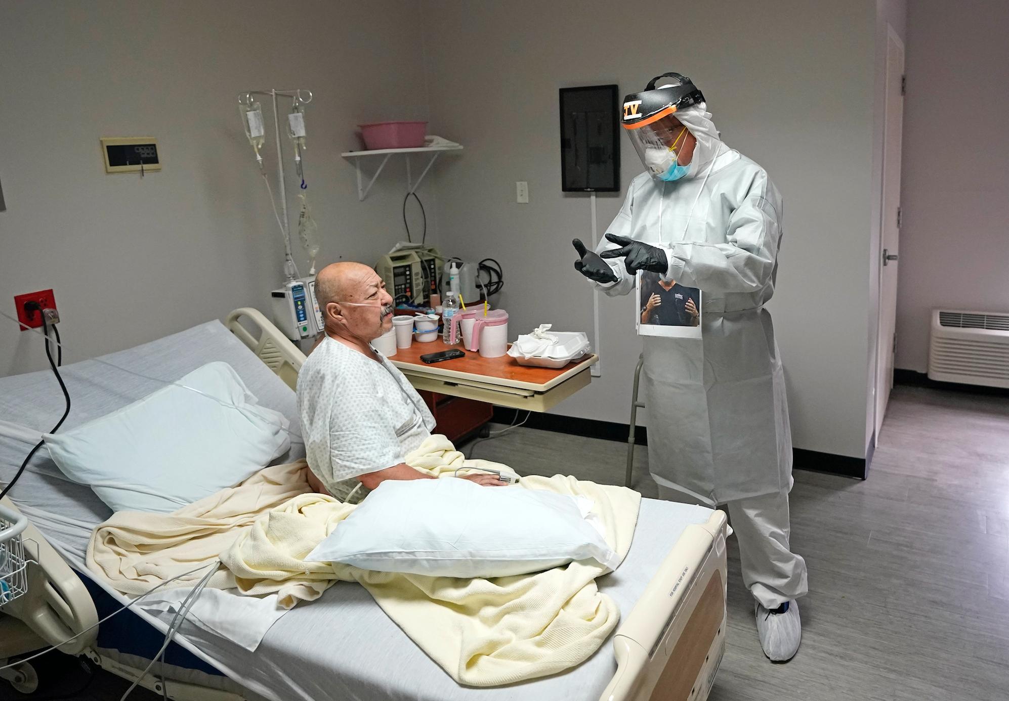 В США число случаев коронавируса превысило три миллиона