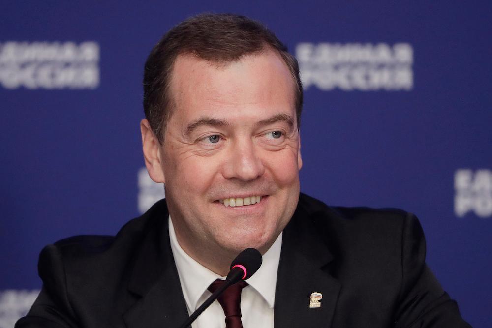 """""""Вот такой лайфхак"""". Медведев рассказал о качествах, которыми должен обладать президент"""