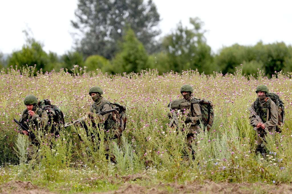 Бывший командующий ВДВ рассказал, что помогло повысить уровень подготовки десантников