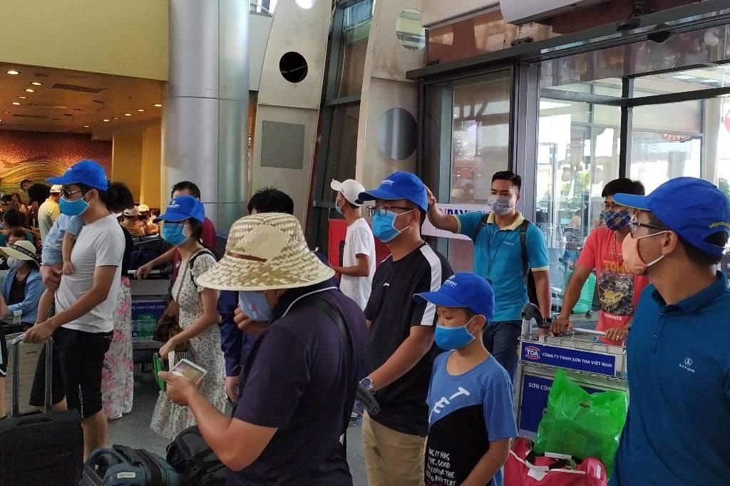 Во Вьетнаме на CoViD-19 проверят 1,1 миллиона жителей города, где зафиксировали вспышку