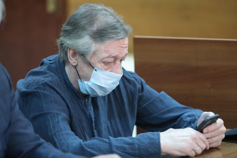Ефремову дважды за день вызывали скорую помощь