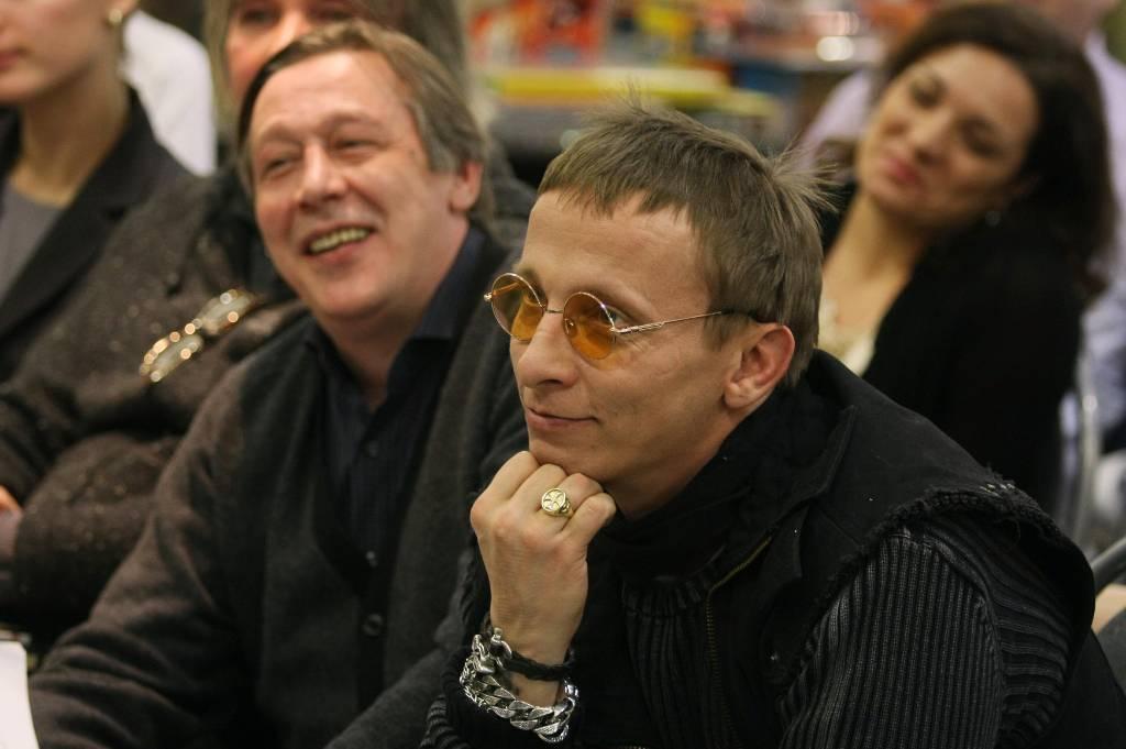 Иван Охлобыстин написал трагическую пьесу для Михаила Ефремова