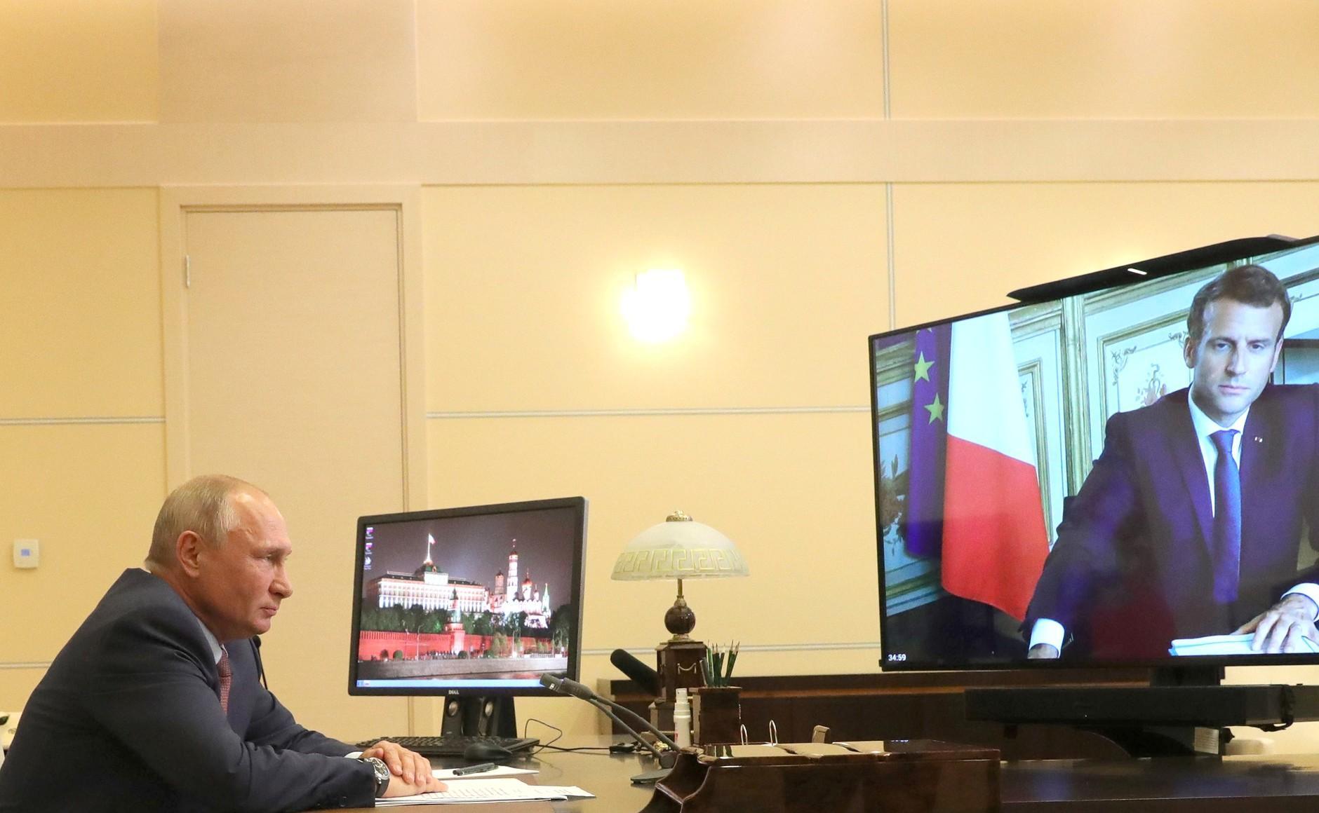 <p>Президент РФ Владимир Путин и президент Франции Эмманюэль Макрон. Фото © Kremlin</p>