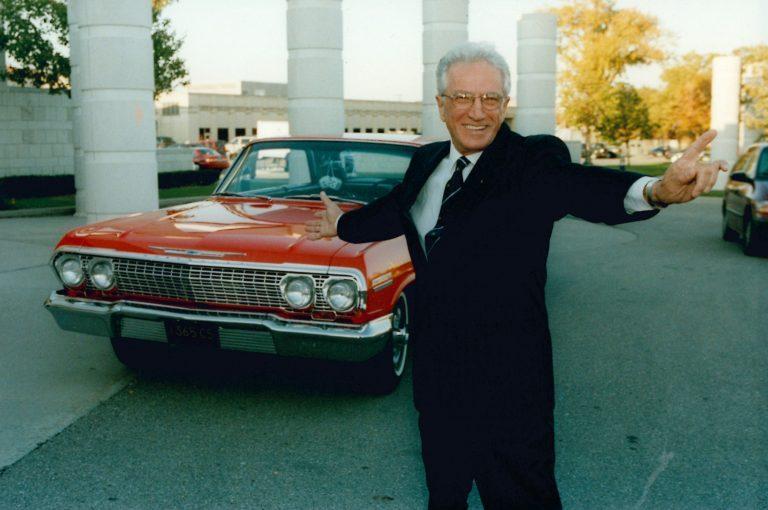 Джо Джирард. Фото © Automotive Hall Of Fame