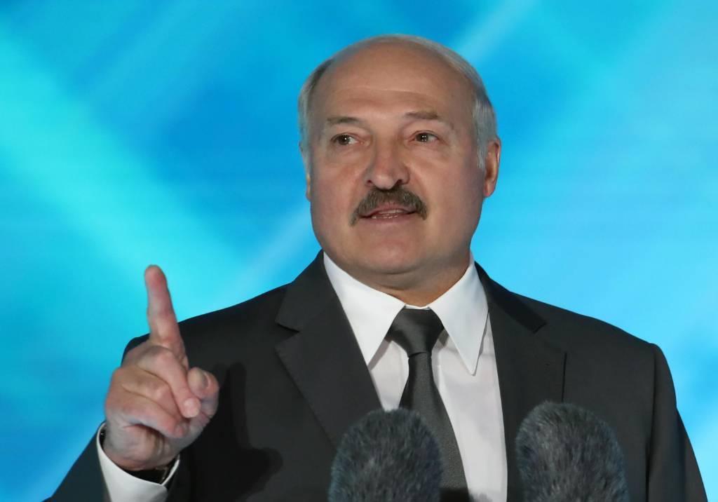 """""""Не допустить подобных действий"""". Лукашенко отреагировал на идею выстроить """"цепь неравнодушных"""" от Вильнюса до Киева"""