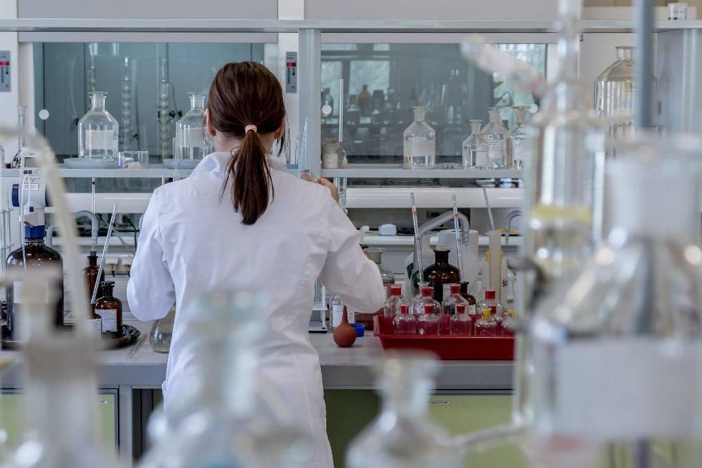 В ВОЗ заявили о менее чем 10% людей, перенёсших коронавирус
