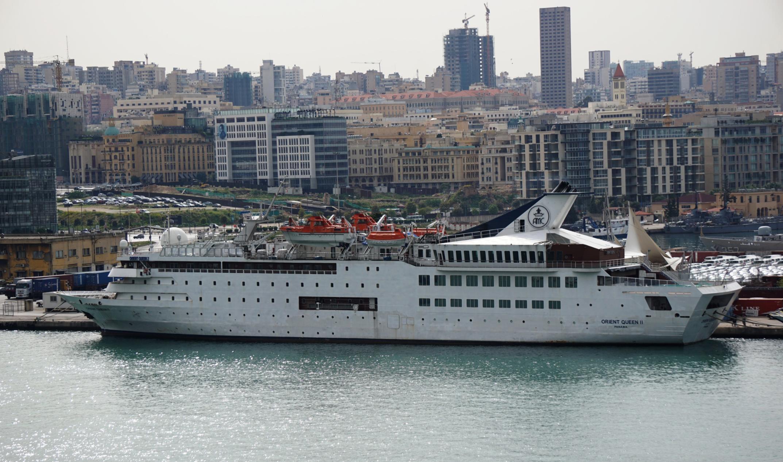 """<p>Круизный лайнер Orient Queen. Фото © <a href=""""https://www.fleetmon.com/vessels/orient-queen_8701193_53239/photos/1425399/"""" target=""""_blank"""" rel=""""noopener noreferrer"""">fleetmon.com</a></p>"""