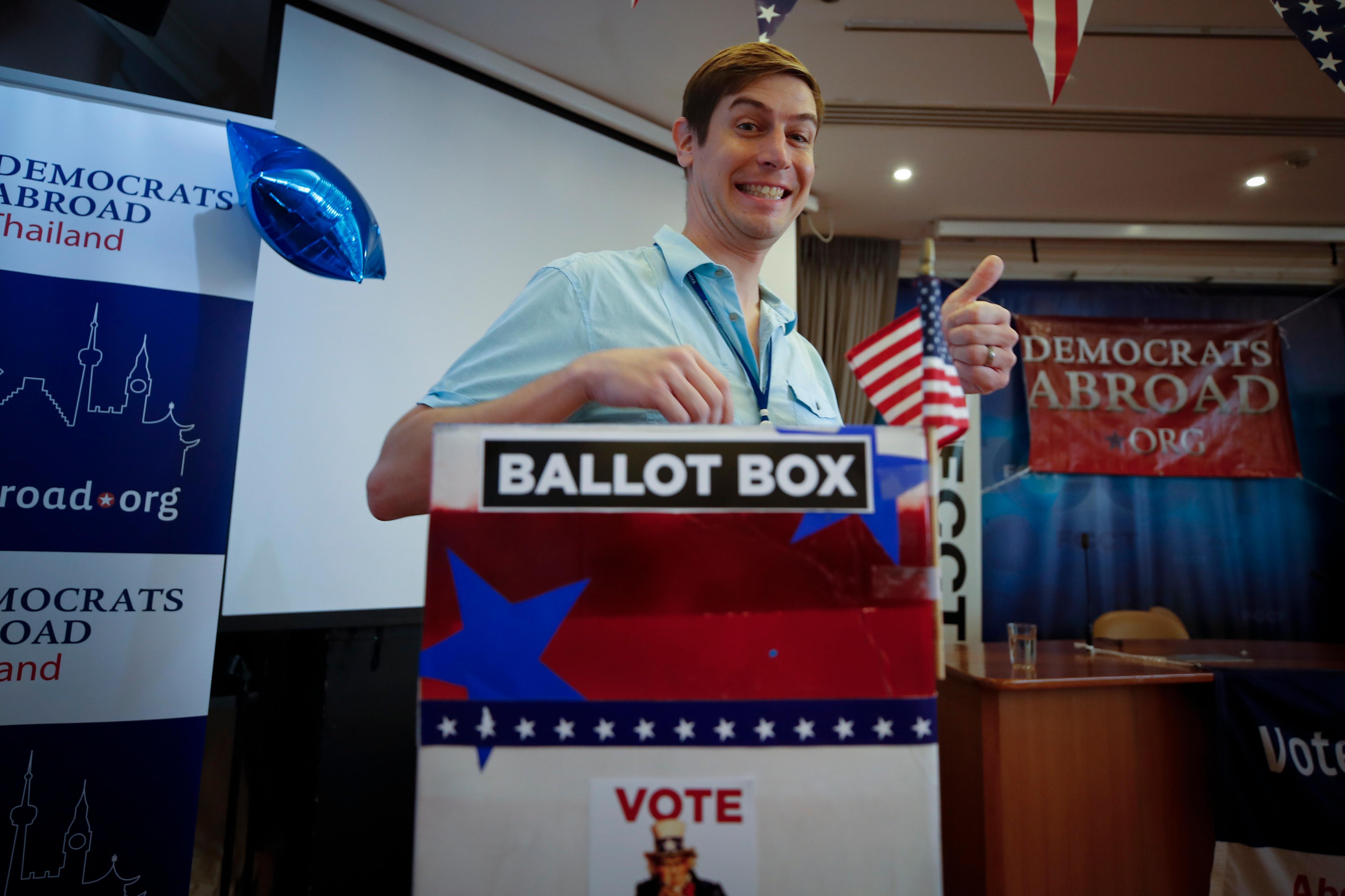 США назначили награду в $10 млн за информацию о вмешательстве в выборы