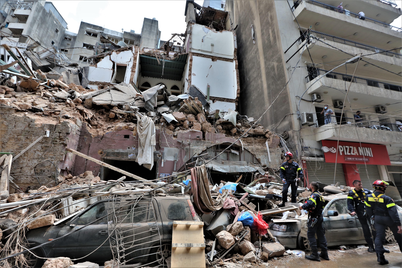 В Бейруте задержали 16 человек по делу о мощном взрыве в порту