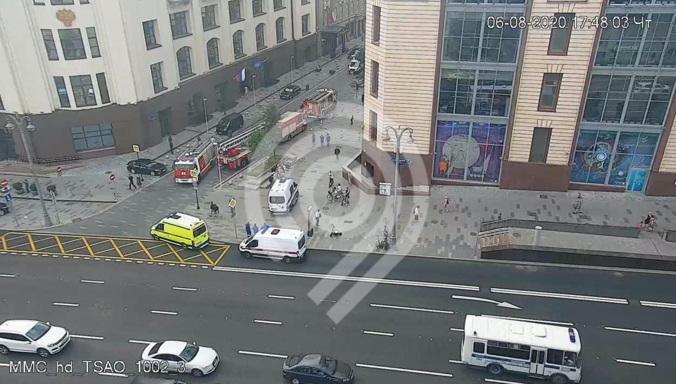 Полиция арестовала мужчину, захватившего заложников в банке французского Гавра