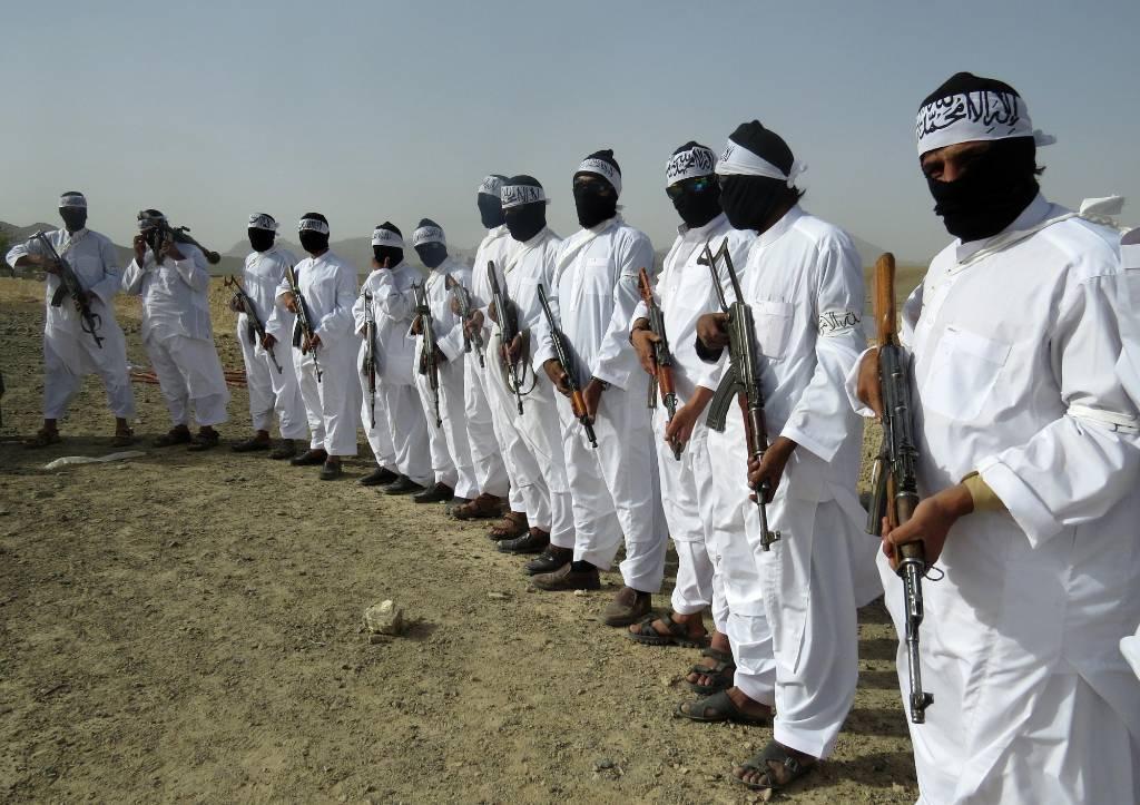 """В Талибане рассказали, кто распускает слухи о """"сговоре"""" с Россией"""