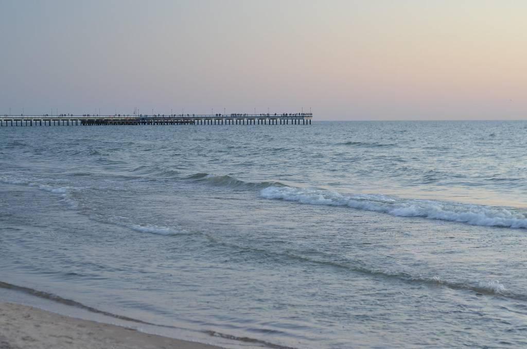 Пляжи Клайпеды в Литве закрыли из-за нефтяного загрязнения
