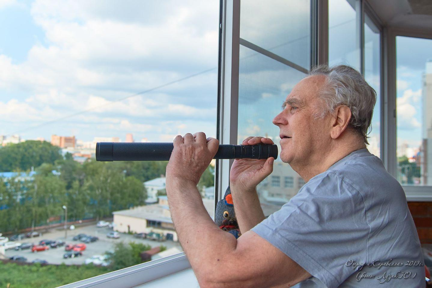 Родственники рассказали об ухудшении состояния писателя Крапивина после выписки