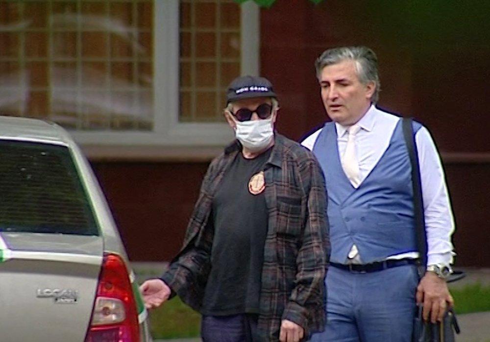 Пашаев — о семье погибшего в ДТП с Ефремовым курьера: Будто ждали смерти