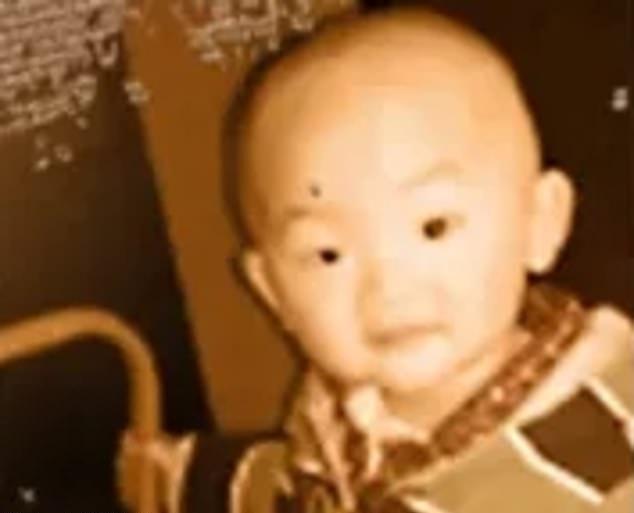Мальчик пропал из дома посреди ночи, и только через 38 лет родители увидели его вновь