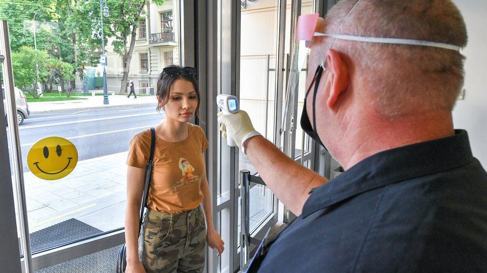 Попова рассказала, нужно ли вводить новые ограничения из-за коронавируса