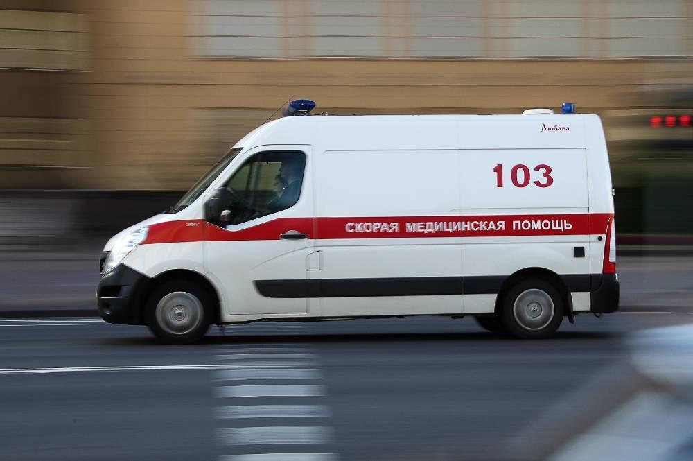 """В Кемерове водитель """"шкоды"""" насмерть сбил женщину на пешеходном переходе"""