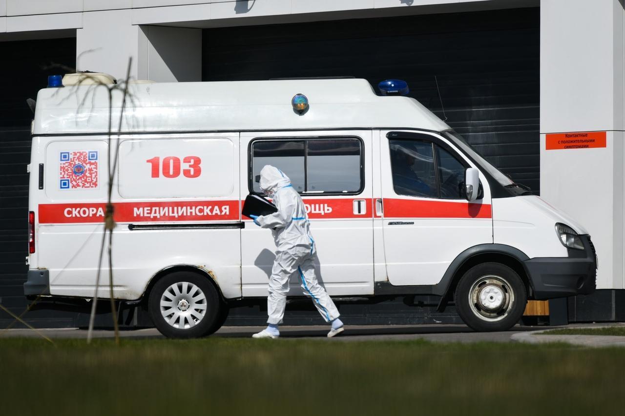 Количество нападений на бригады скорой помощи в Петербурге сократилось вдвое