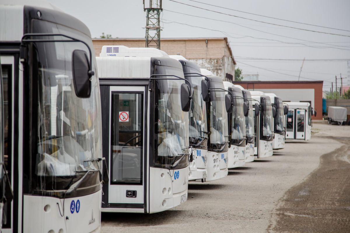 На Сахалине кондуктор выгнала из автобуса ребёнка, проспавшего свою остановку. Мальчик потерялся