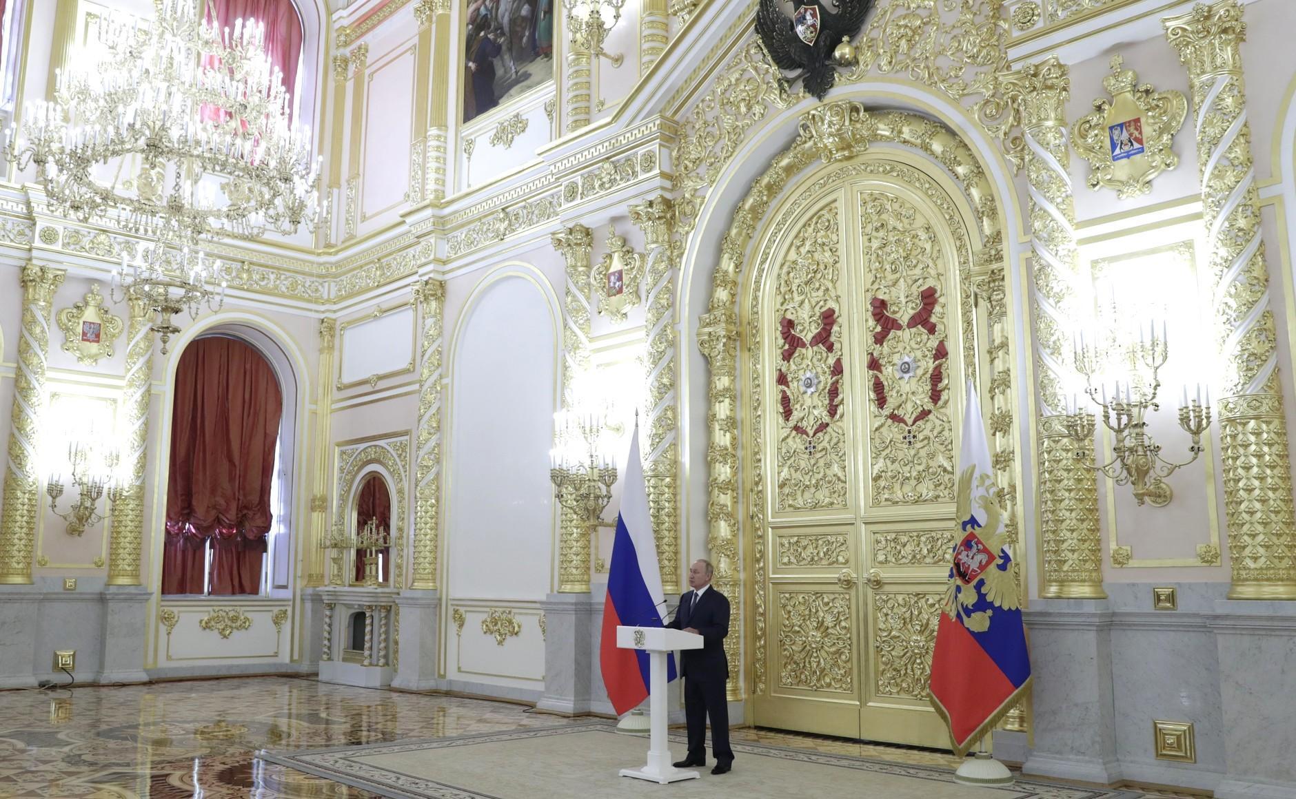 Путин на встрече с Совфедом рассказал о смысле конституционных новаций