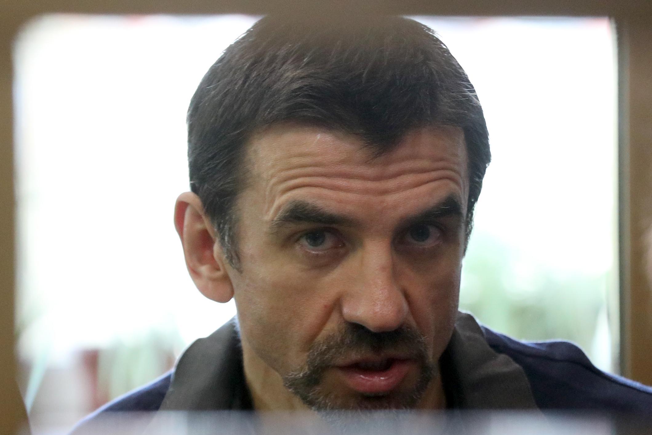 Экс-министр Абызов останется в СИЗО до конца года