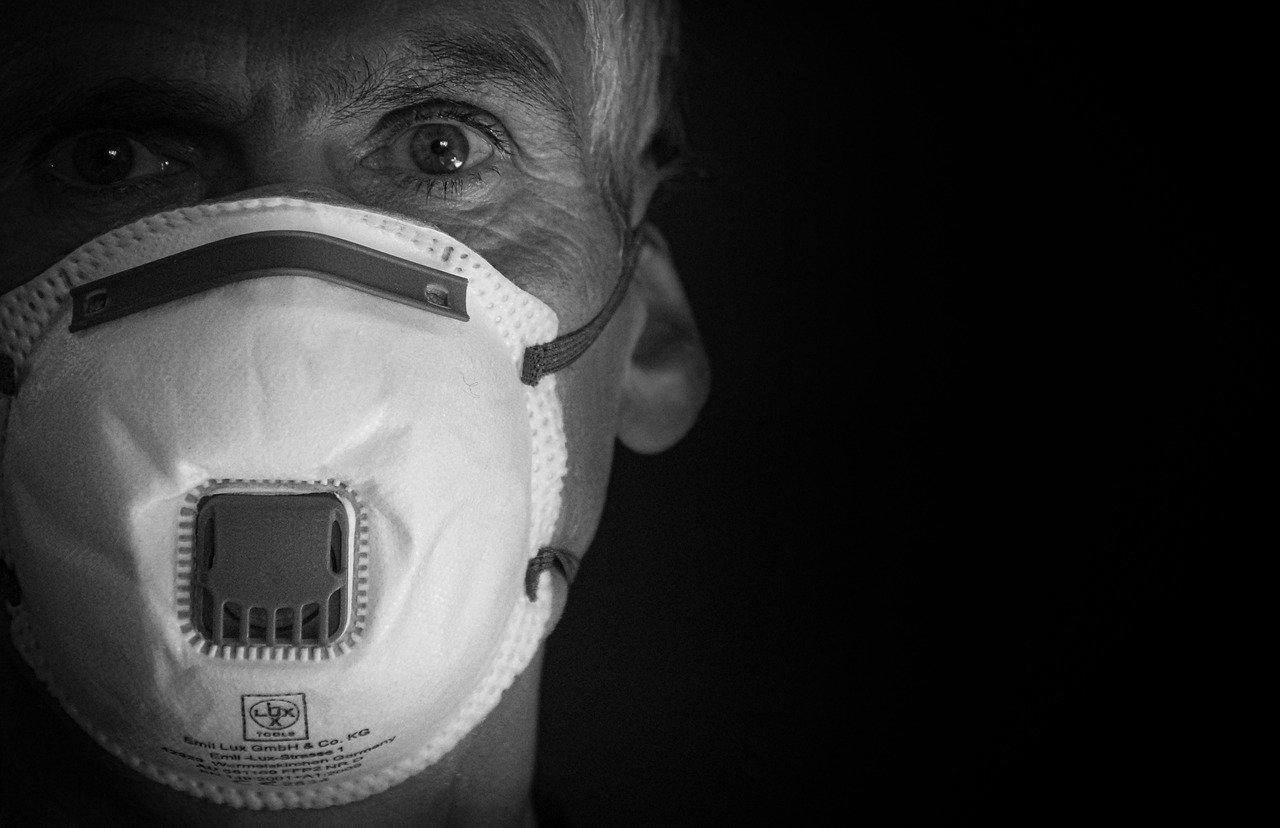 Учёные выяснили, сколько лет жизни отнимает коронавирус