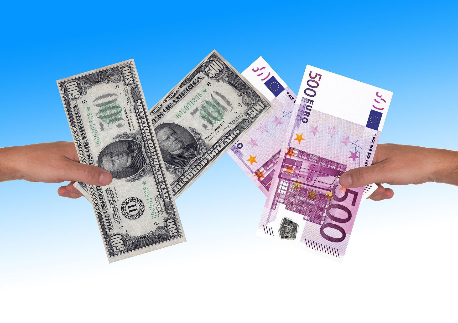 Курс евро превысил 91 рубль впервые с 2016 года. Доллар вырос до 78 рублей