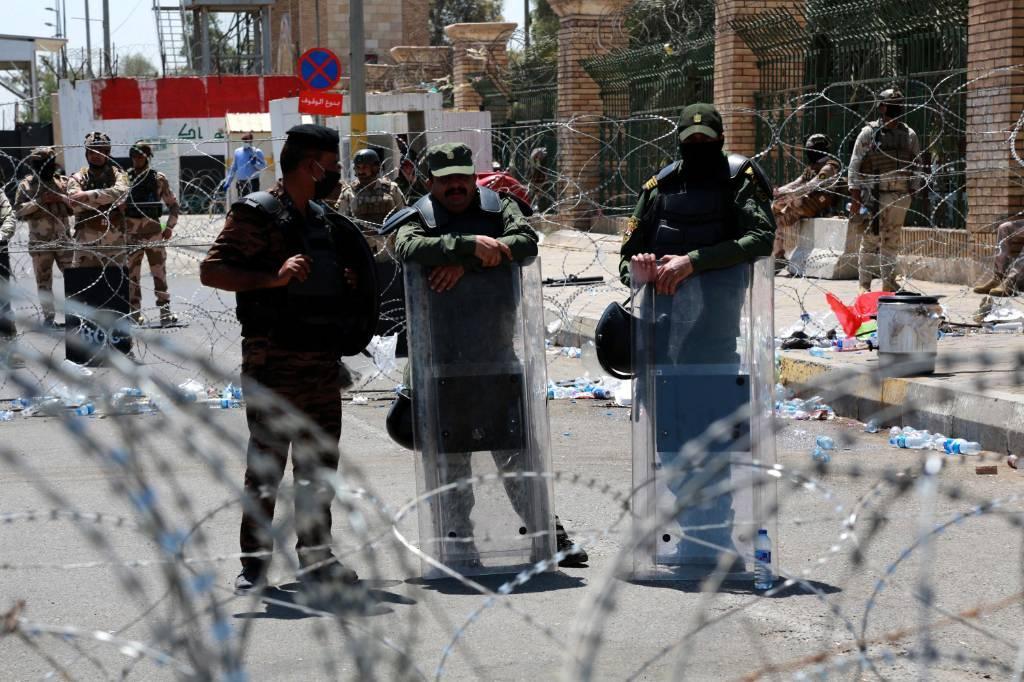 Группа боевиков в Ираке подорвалась на бомбе, которую они сами устанавливали