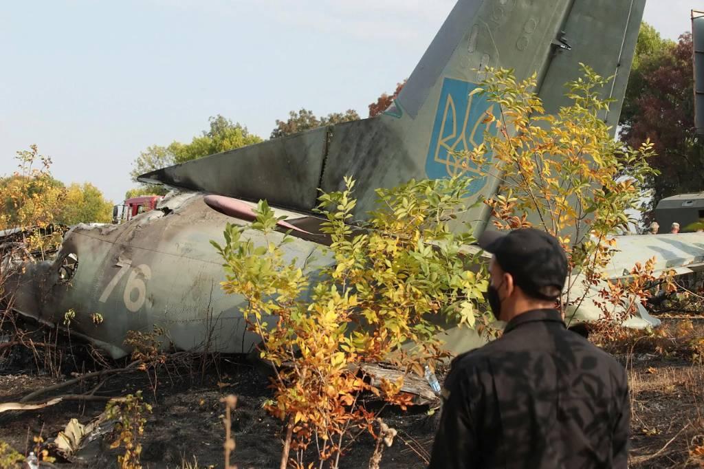 Власти Харькова: Диспетчеры минуту не отвечали пилоту рухнувшего Ан-26 на запрос о посадке