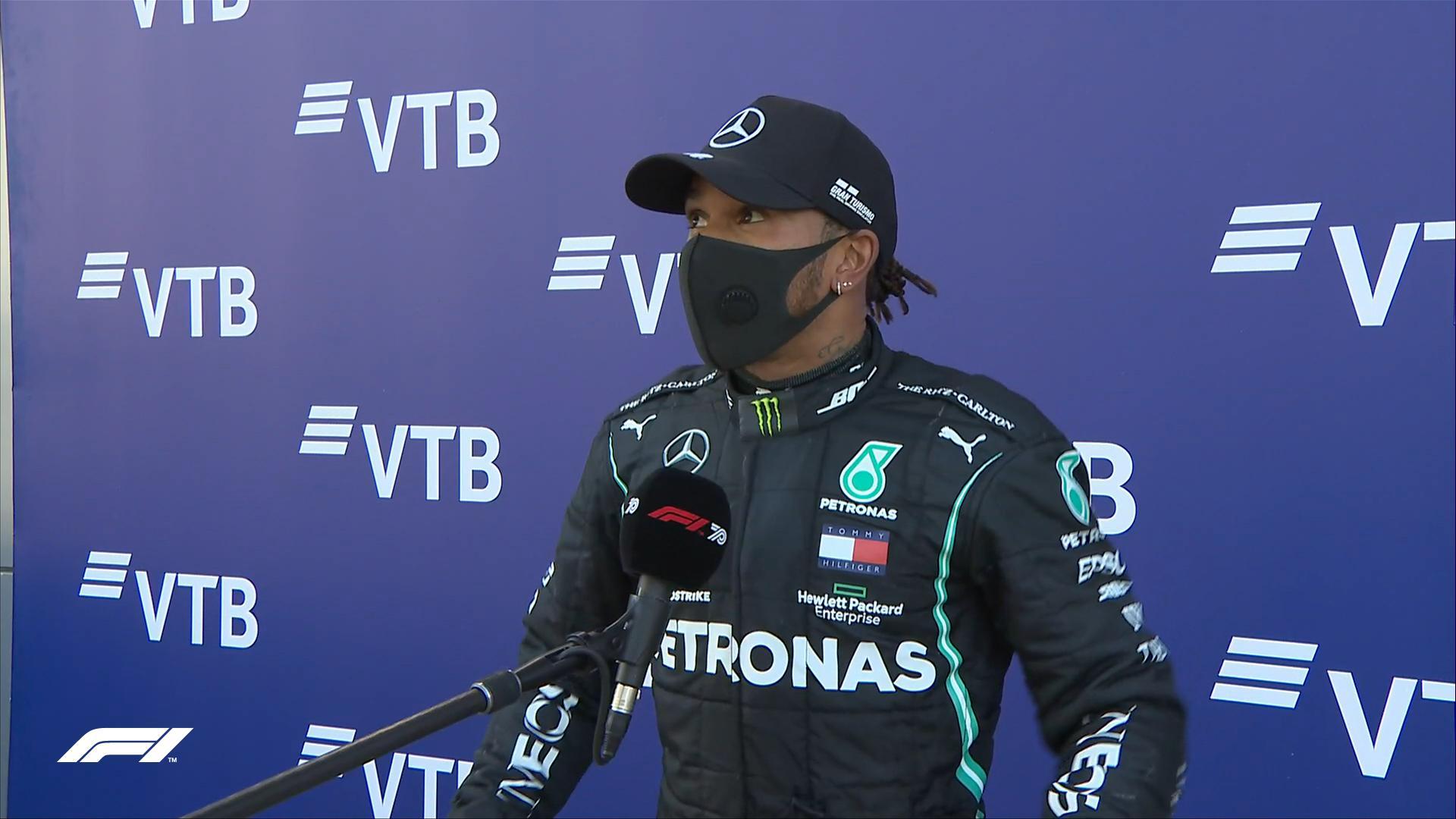 Хэмилтон не смог посягнуть на рекорд Шумахера в Сочи из-за странного штрафа