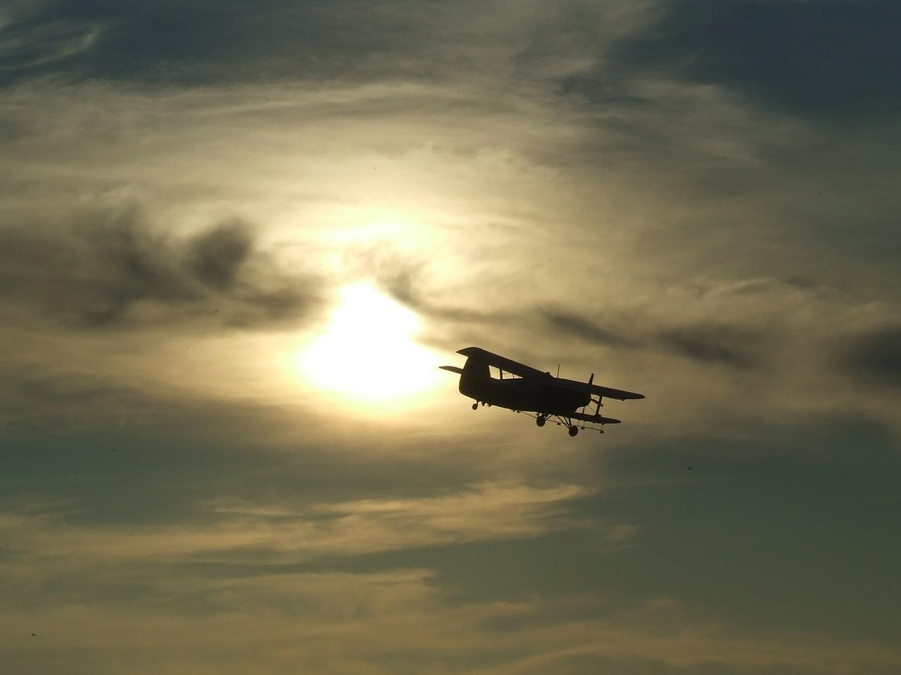 В Азербайджане опровергли информацию о сбитом Карабахом самолёте