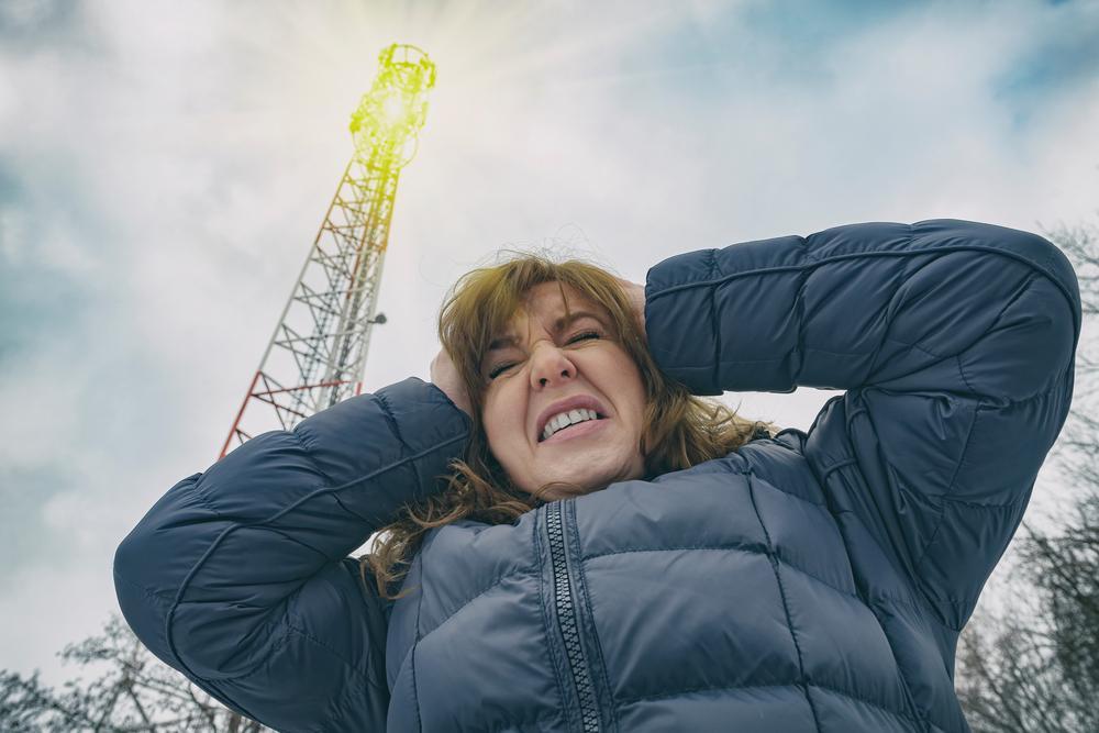 Минкомсвязи измерило влияние вышек 5G в Москве. Ближе двух метров они опасны