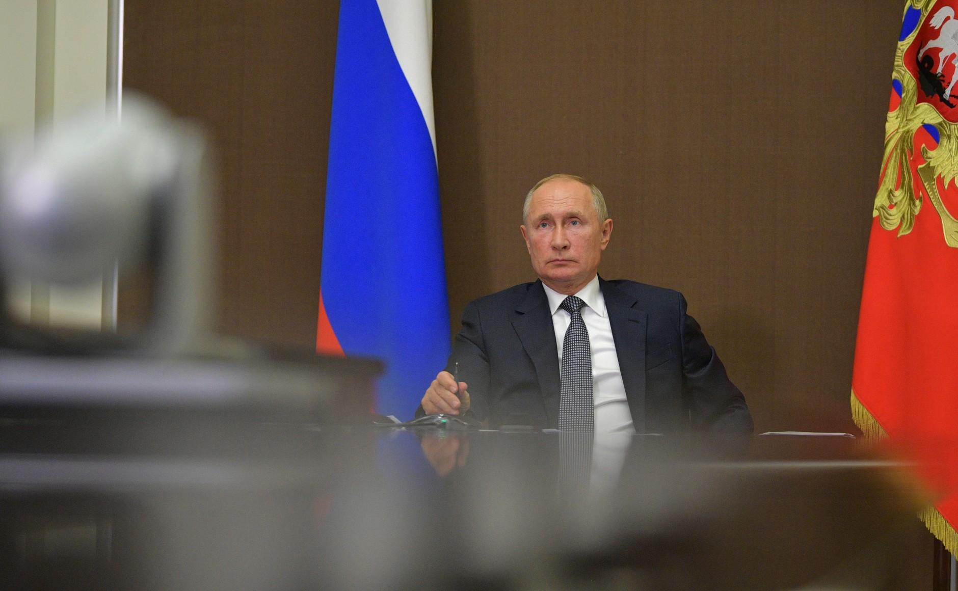 Путин поручил проработать вопрос реконструкции дорог на Черноморское побережье