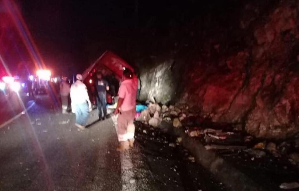 В Мексике 13 человек погибли и 25 пострадали в жутком ДТП с автобусом на Носе Дьявола