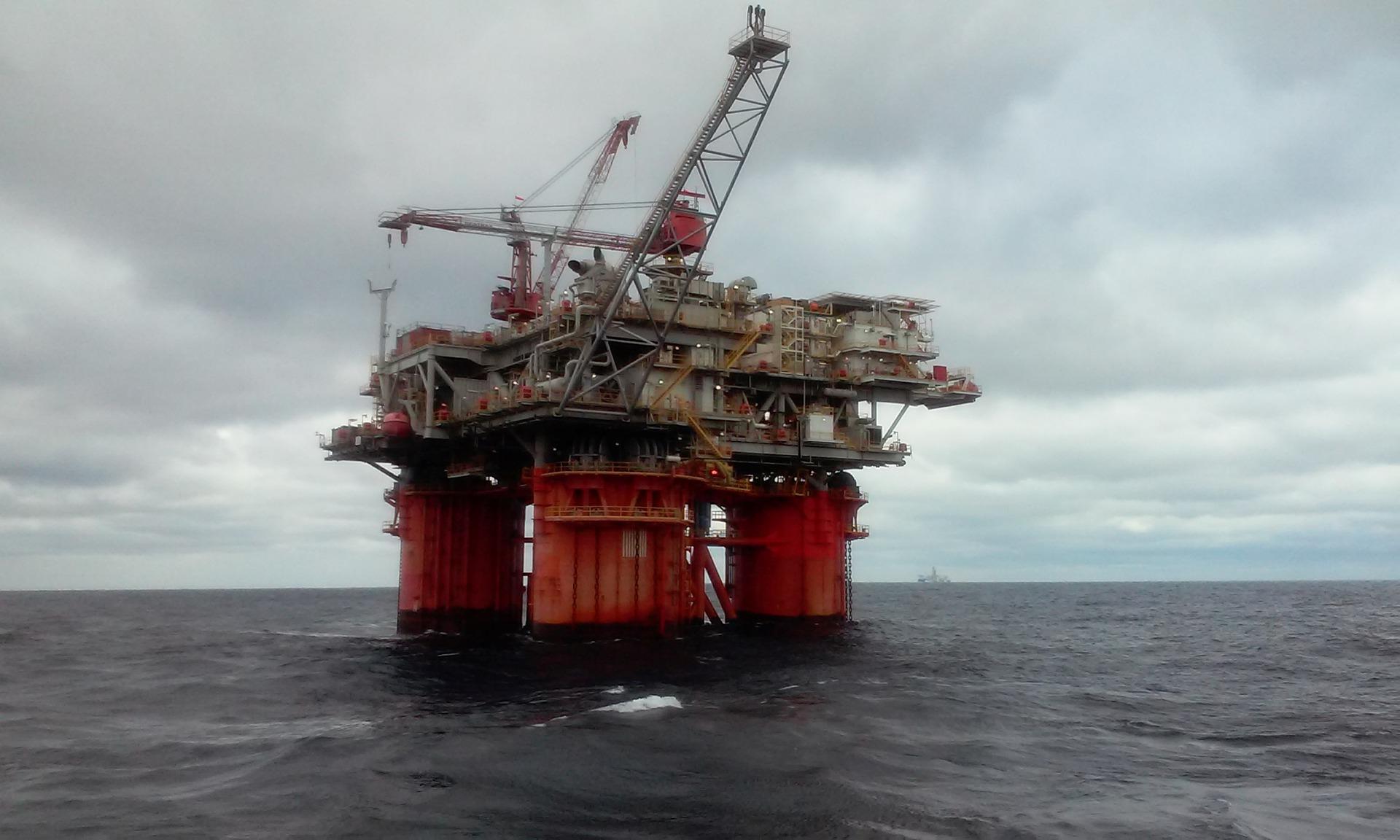Миру предрекли окончание эпохи нефти в ближайшие годы