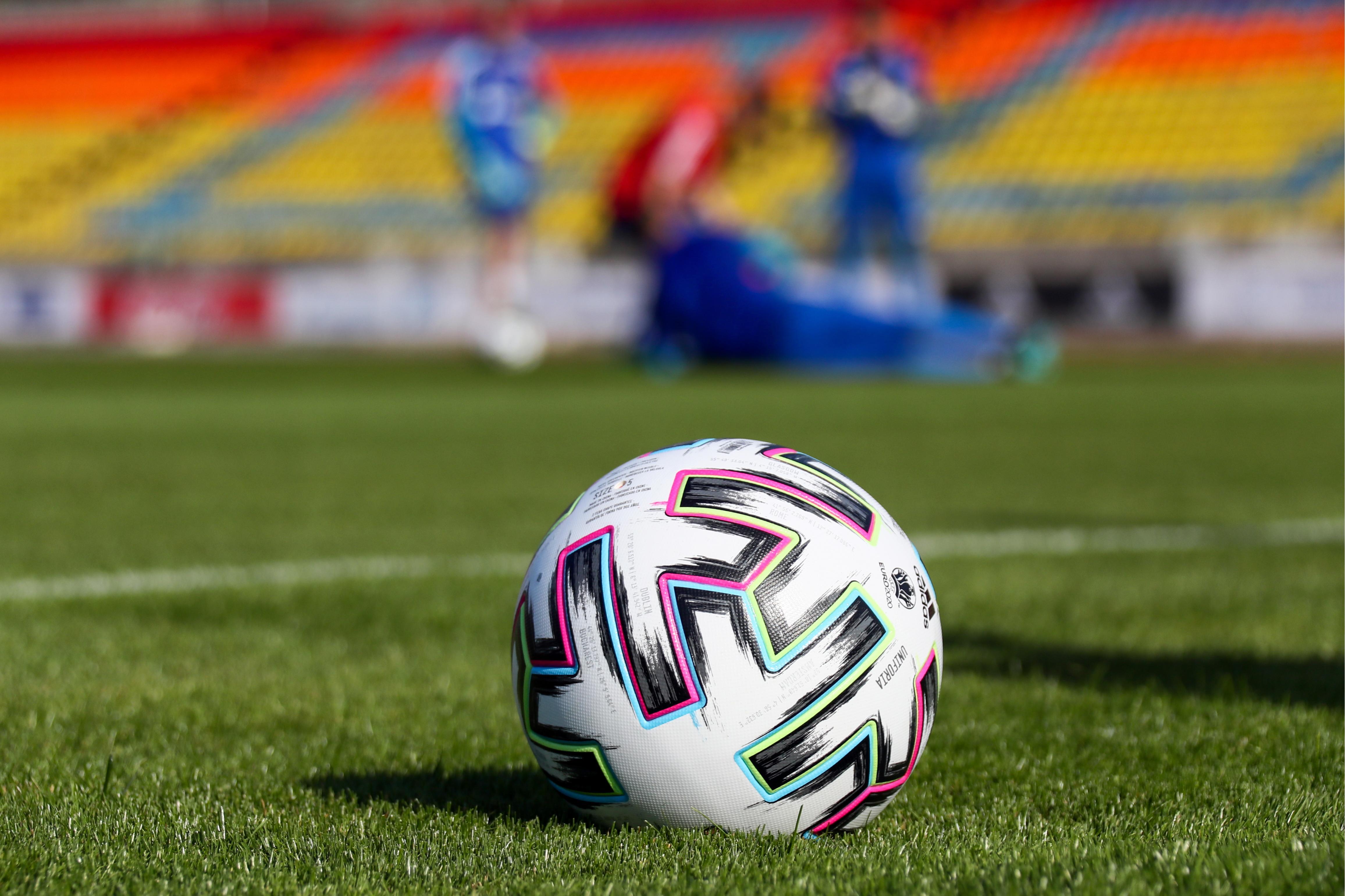УЕФА не будет отменять матчи сборных Армении и Азербайджана из-за конфликта в Карабахе