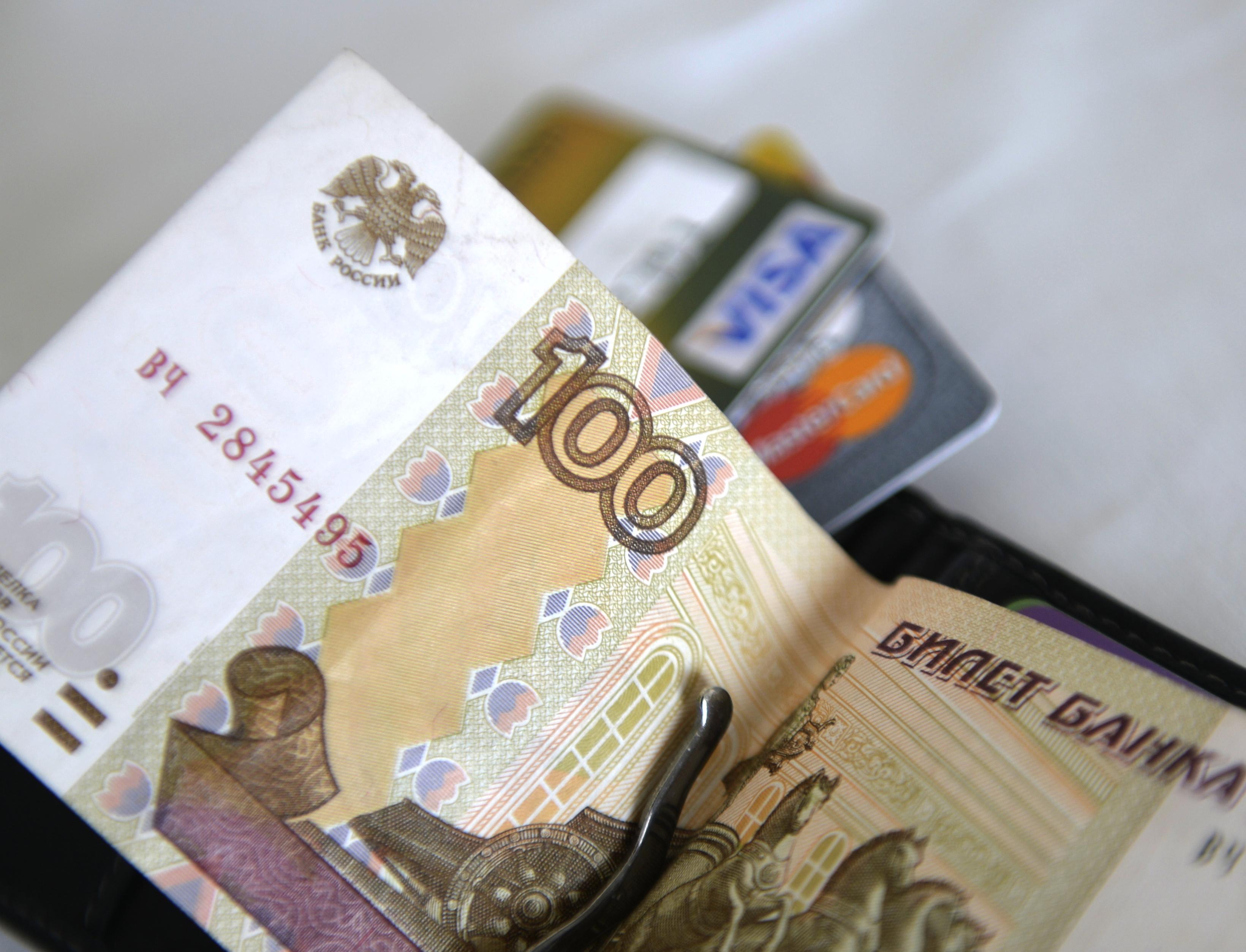 Нижегородца посадили на 12 суток из-за неуплаты штрафа в 100 рублей за утерю паспорта