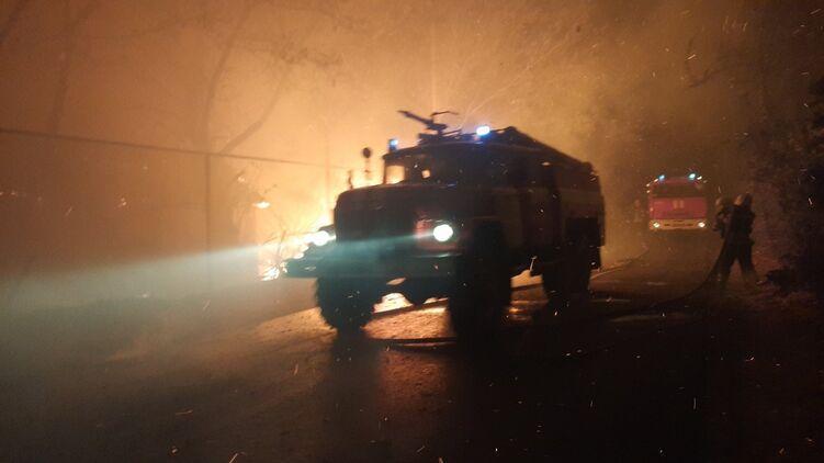 Масштабный пожар охватил Луганскую область. ЛНР обвиняет в этом украинских силовиков