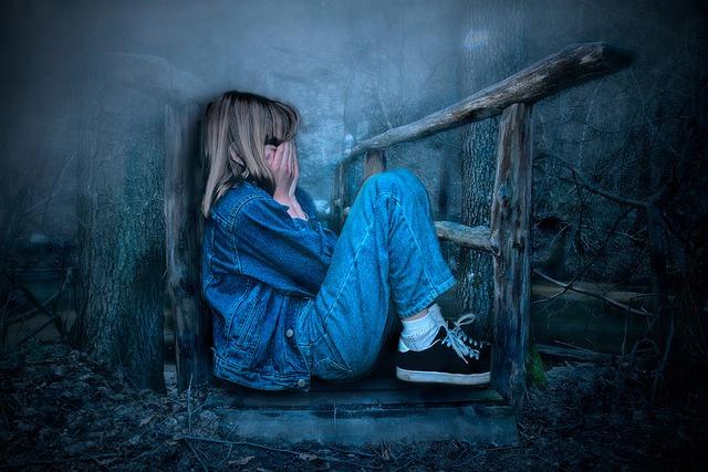 Соседи рассказали, что подозреваемый в избиении приёмной дочери москвич ранее не был жесток к девочке