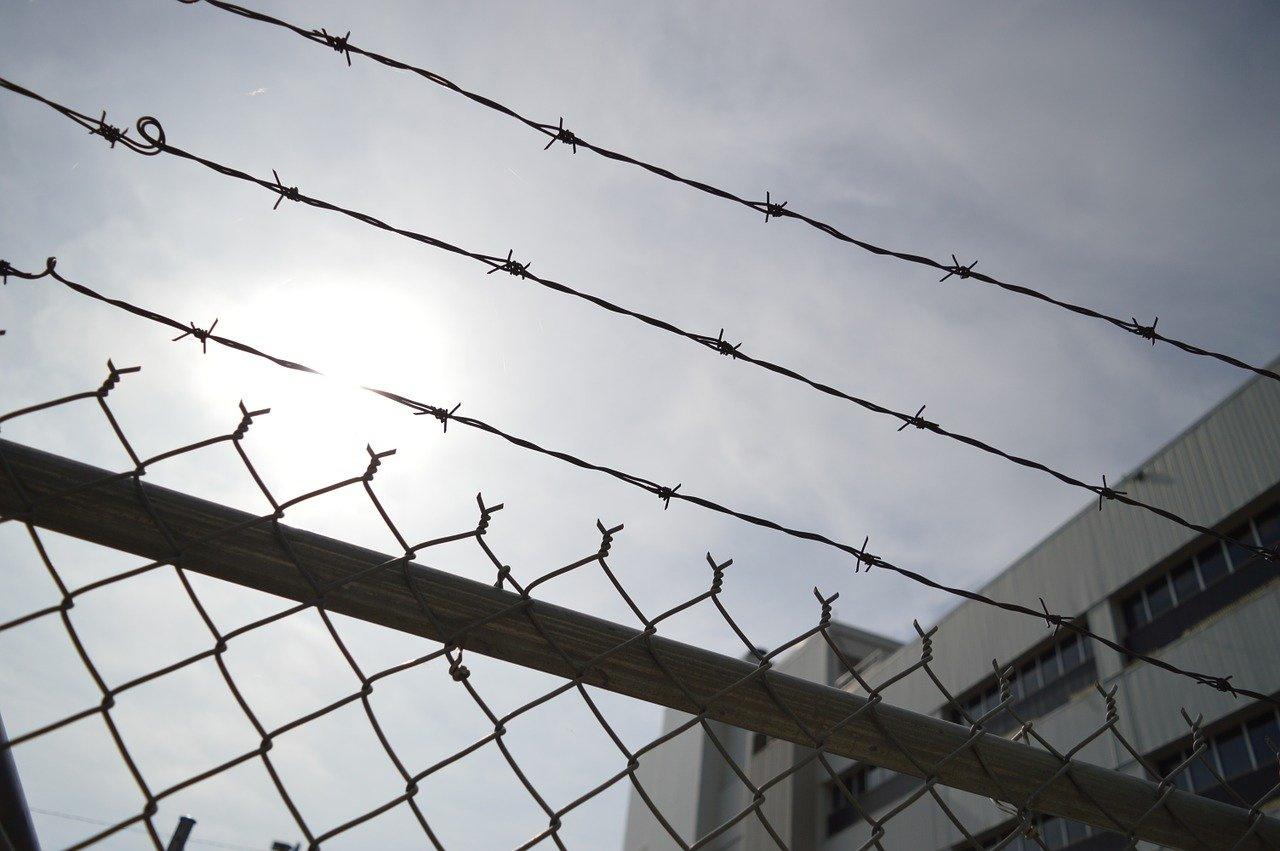 Заключённым столичных СИЗО запретили свидания с родными из-за коронавируса