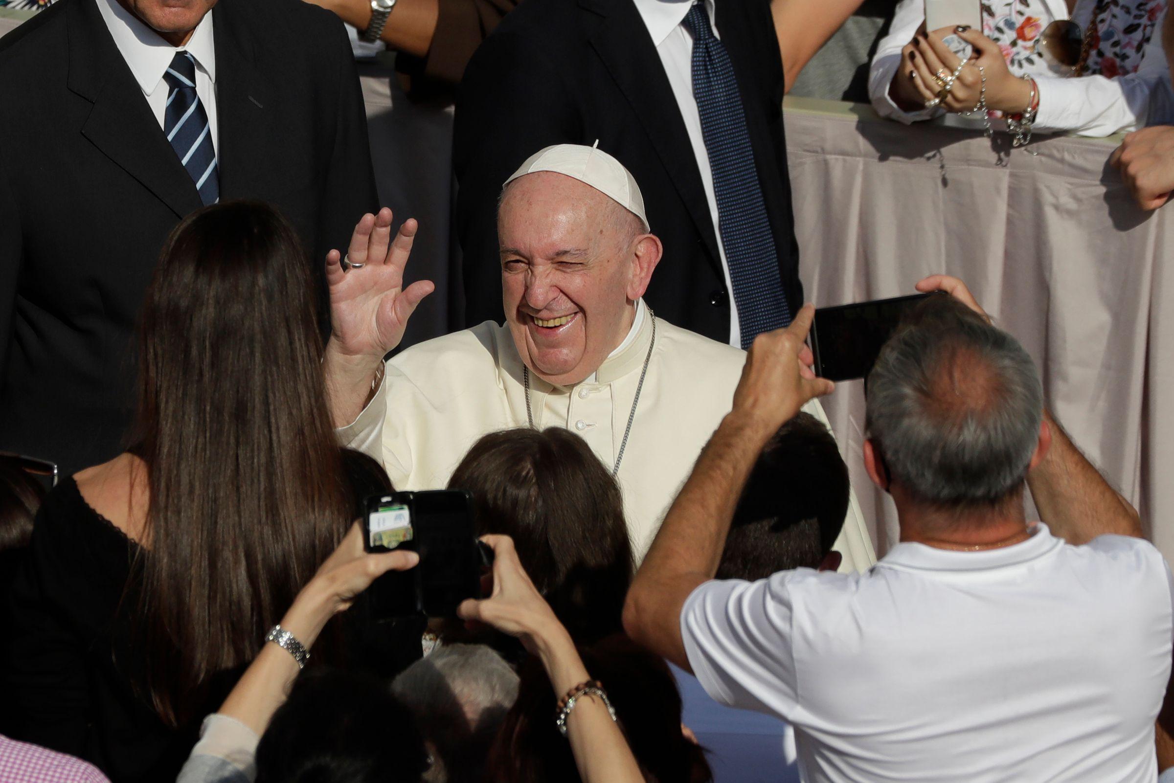 Папа Римский высказался в поддержку однополых браков