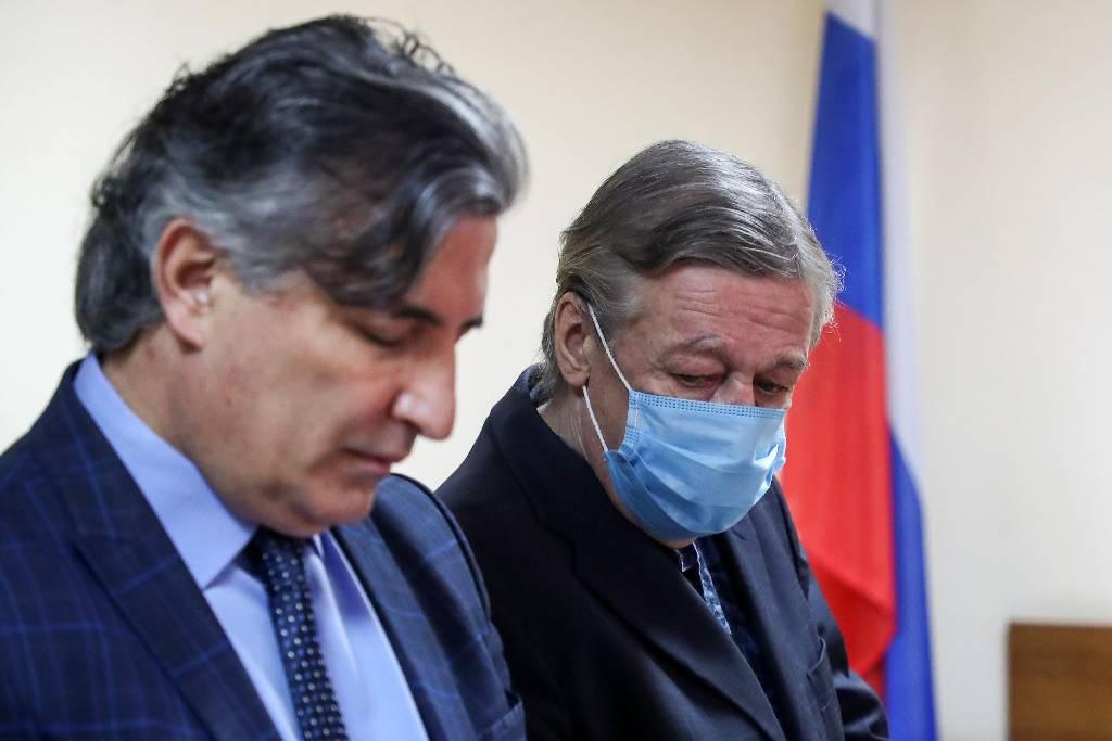 Ефремов рассказал, как Пашаев его бил под столом