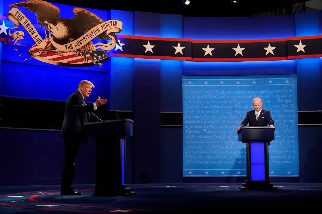 Трамп и Байден обвинили друг друга в финансировании из России